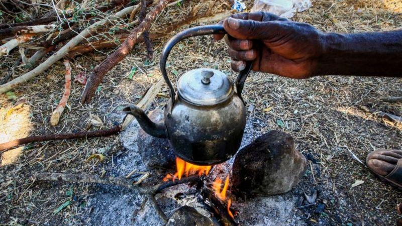 Ethiopia's Tigray crisis: Eritrea refugees in Ethiopia run out of food, UN says